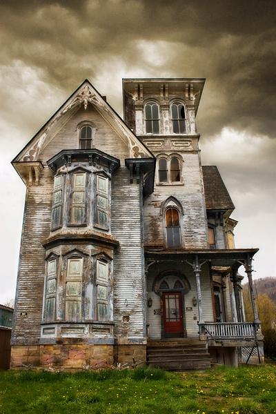 Old Hickory Abandoned Inn